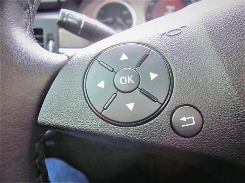 Mercedes-Benz GLK-Class 2011 price $10,900