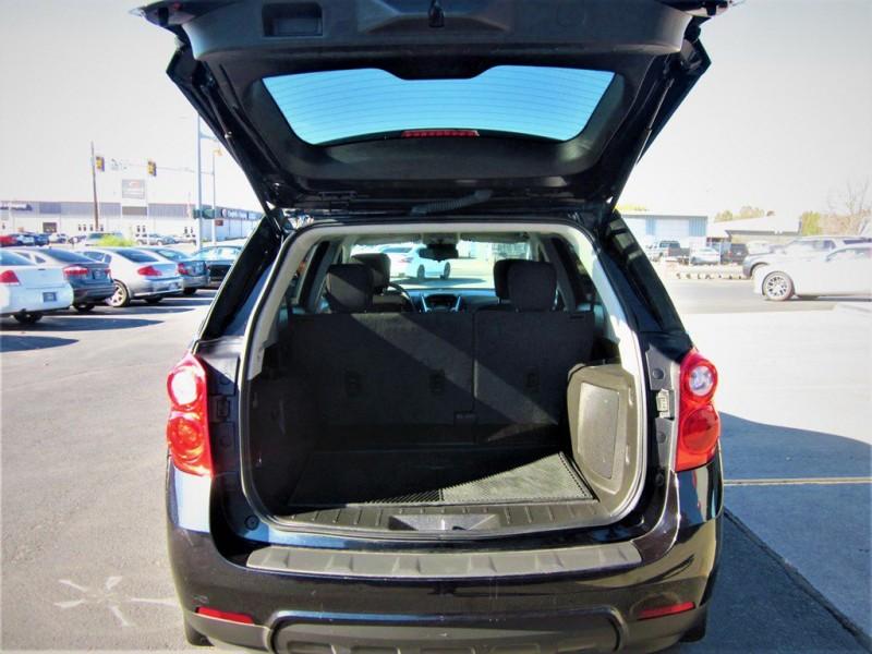 Chevrolet Equinox 2013 price $10,888