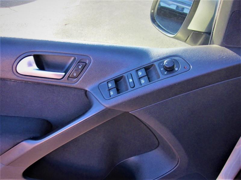Volkswagen Tiguan 2013 price $8,700