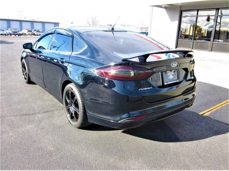 Ford Fusion 2016 price $10,800