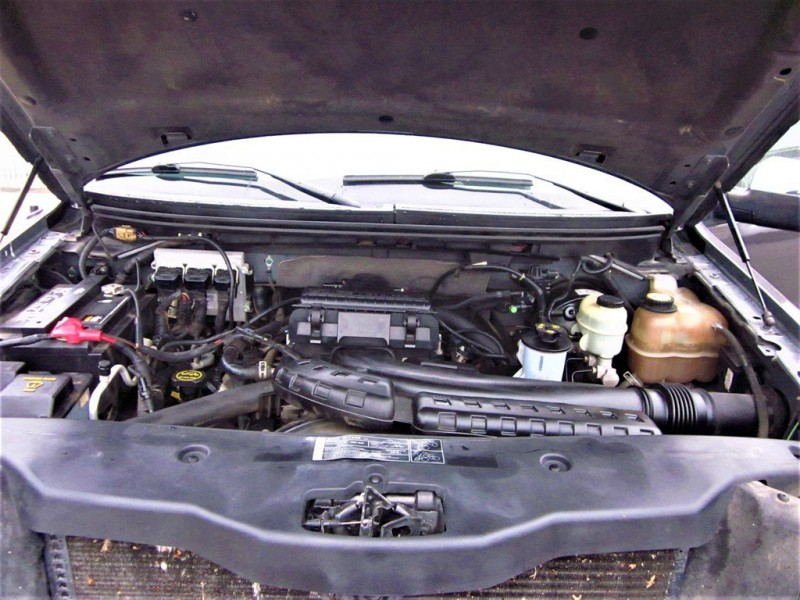 Lincoln Mark LT 2006 price $10,400