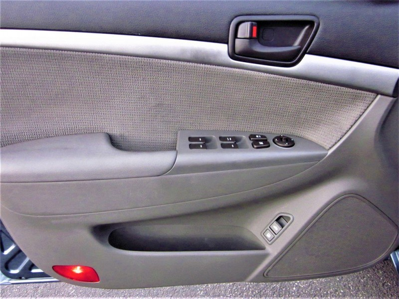 Hyundai Sonata 2009 price $7,200