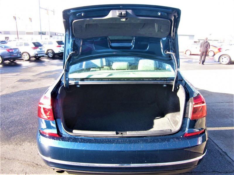 Volkswagen Passat 2018 price $12,800