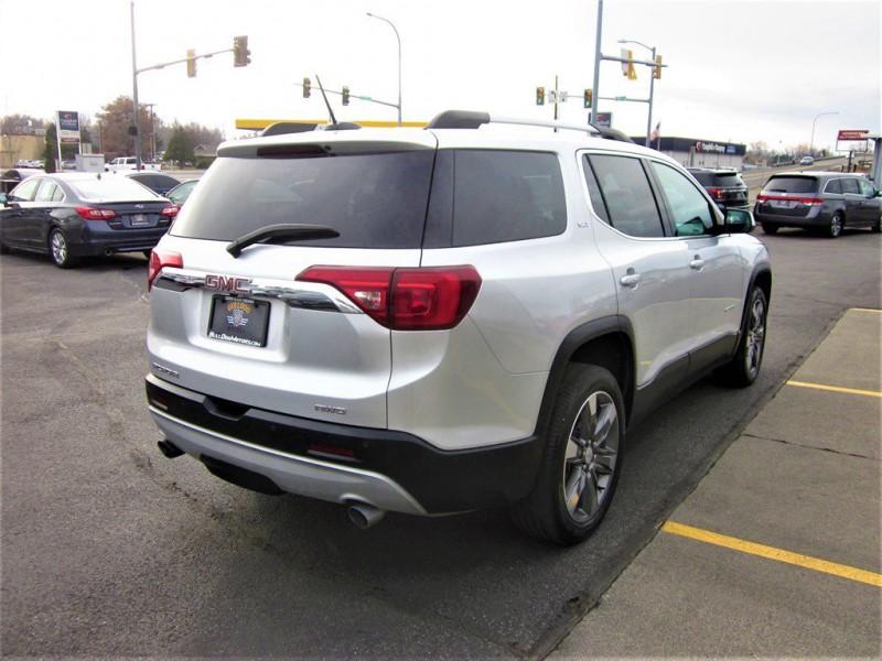 GMC Acadia 2018 price $28,500
