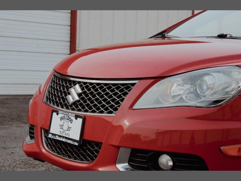 Suzuki Kizashi 2011 price $8,999