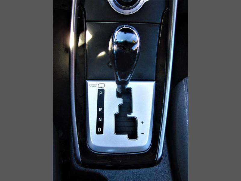 Hyundai Elantra 2011 price $8,992