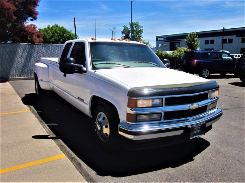 Chevrolet C/K 3500 1998 price $15,900