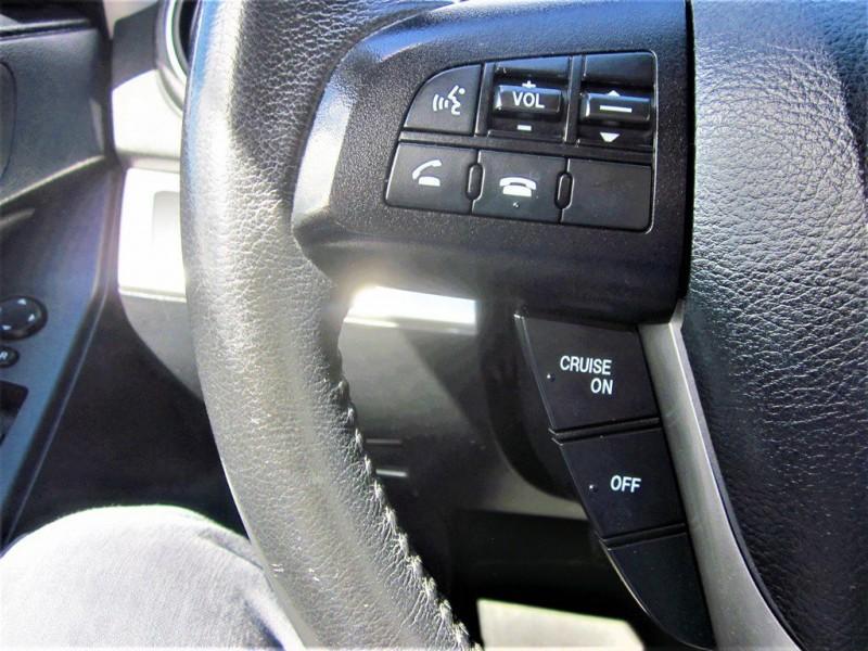 Mazda Mazda3 2013 price $8,800