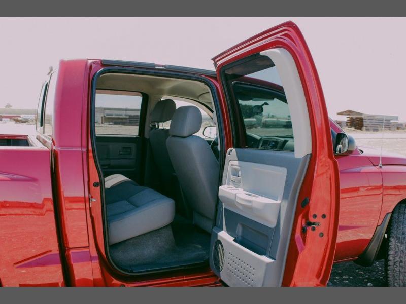 DODGE DAKOTA 2007 price $13,800