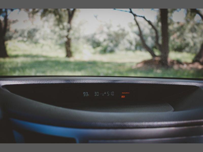 Subaru Legacy 2011 price $10,500