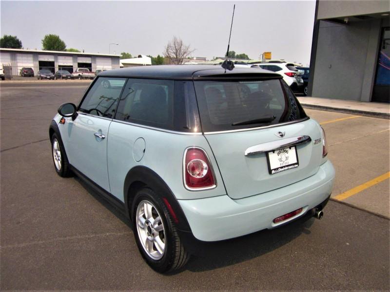 Mini Cooper Hardtop 2013 price $9,998