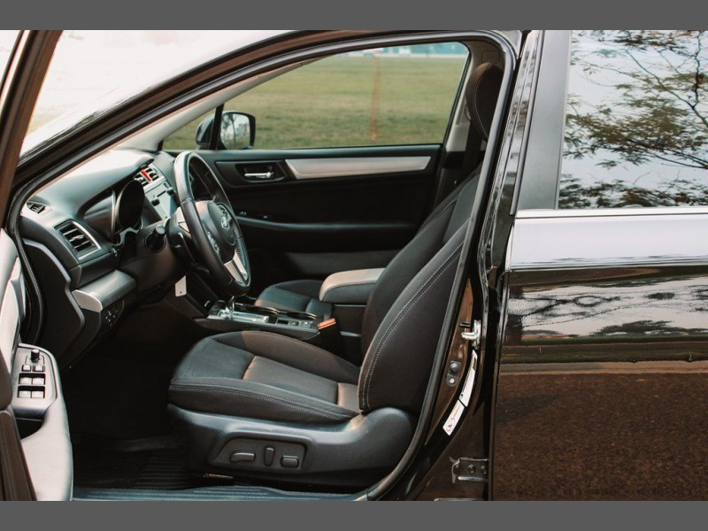 Subaru Legacy 2016 price $18,999