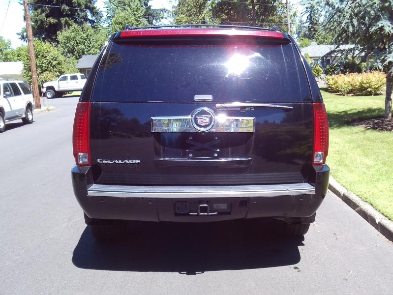 Cadillac Escalade 2007 price $7,250