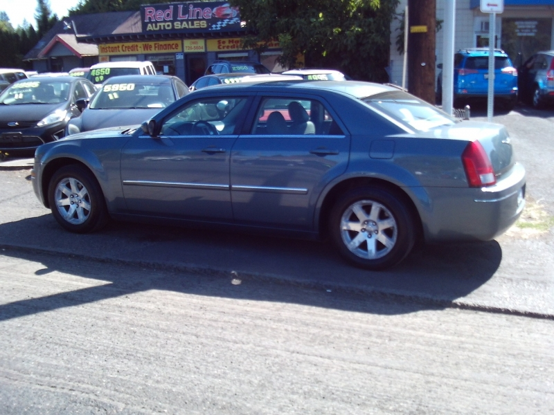 Chrysler 300-Series 2006 price $2,999
