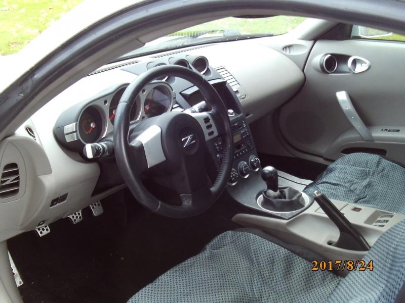Nissan 350Z 2005 price $6,950