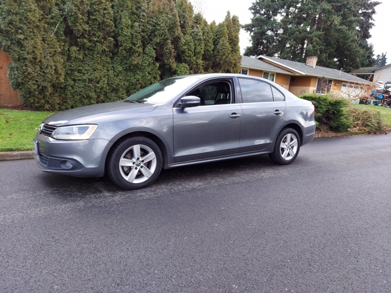 Volkswagen Jetta Sedan 2011 price $6,250