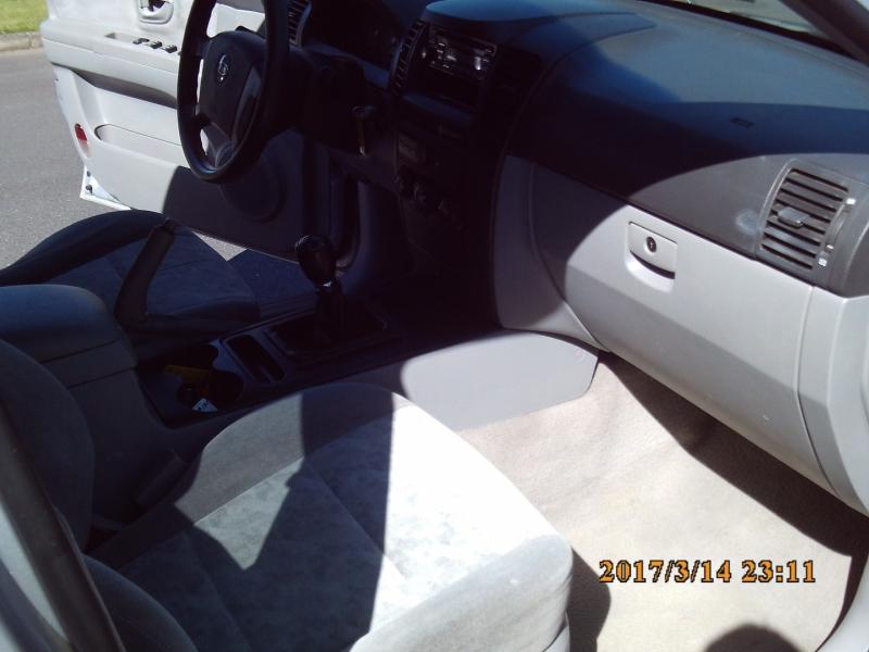 Kia Sorento 2005 price $3,250