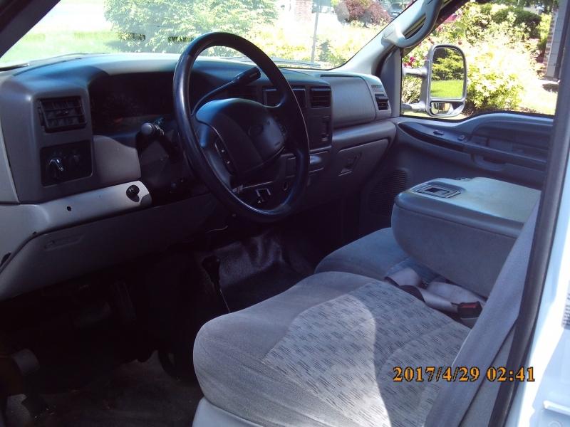 Ford Super Duty F-350 DRW 1999 price $14,500