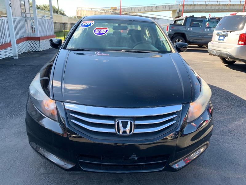 Honda Accord Sdn 2011 price $10,700