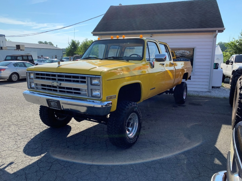 Chevrolet 3500 Pickups 1991 price $16,595