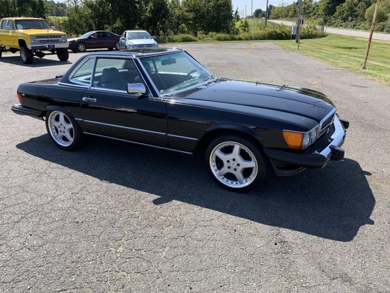 Mercedes-Benz 560 Series 1986 price $16,595