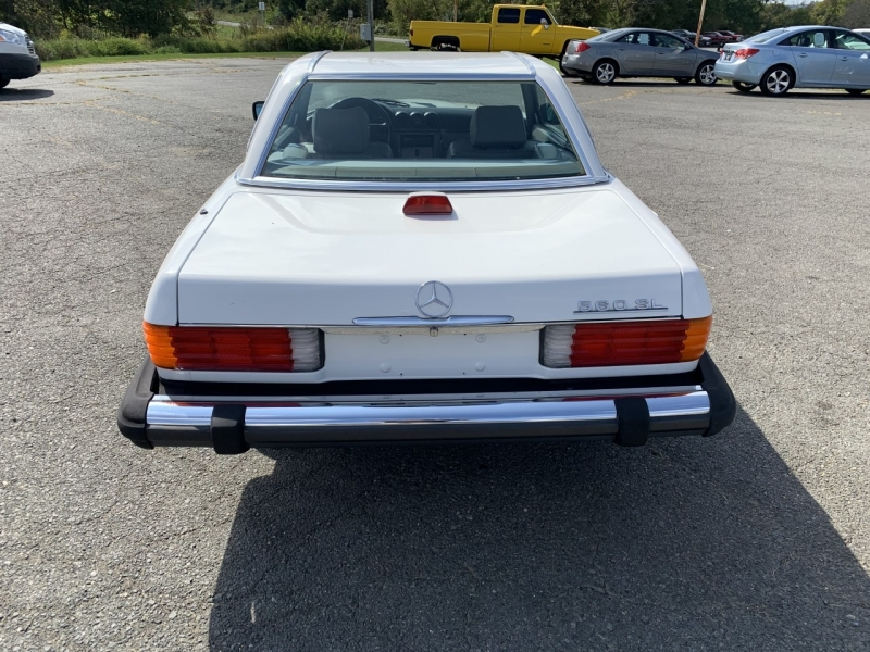 Mercedes-Benz 560 Series 1986 price $16,995