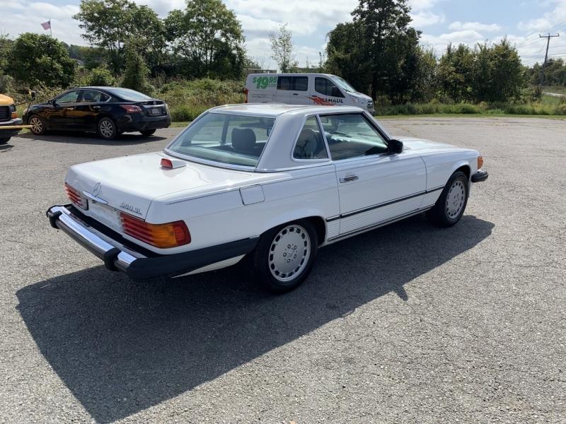 Mercedes-Benz 560 Series 1986 price $16,995