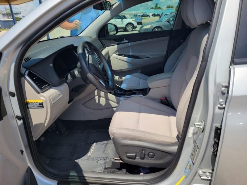 Hyundai TUCSON 2017 price $13,998