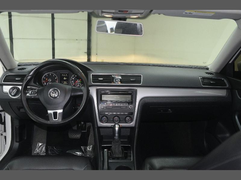 Volkswagen Passat 2015 price $10,466