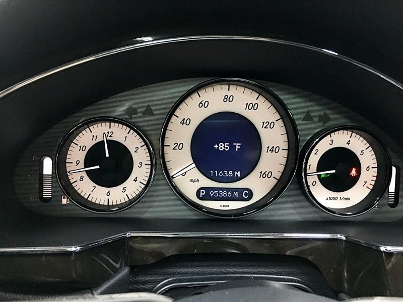 Mercedes-Benz CLS-Class 2011 price $15,995