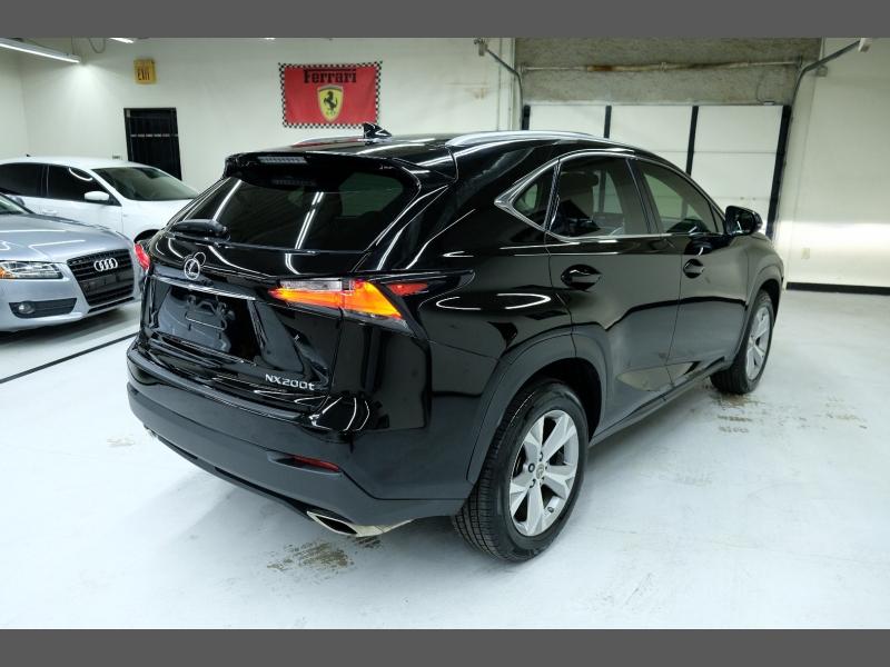 Lexus NX-200T 2017 price $24,995