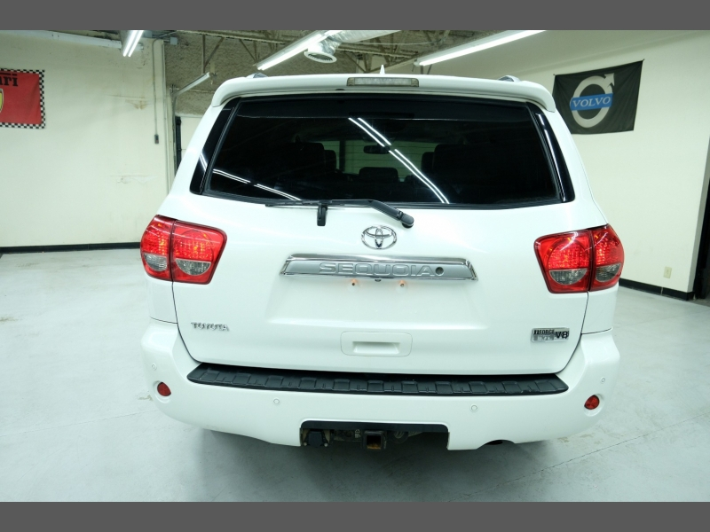 Toyota Sequoia 2010 price $10,995