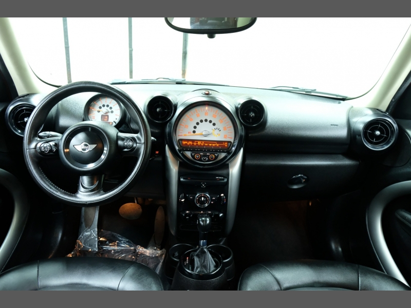 Mini Cooper Countryman 2014 price $9,995