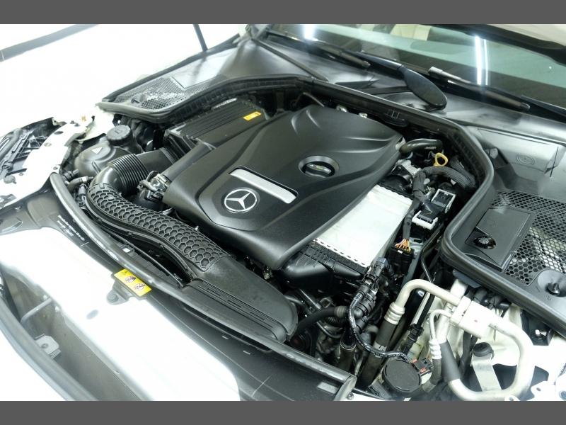 Mercedes-Benz C-Class 2018 price $24,995