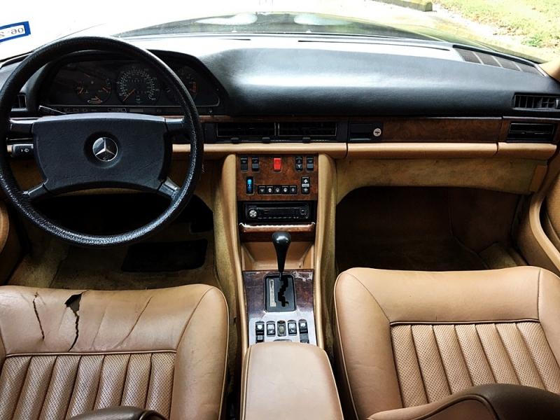 Mercedes-Benz 500 Series 1984 price $7,995