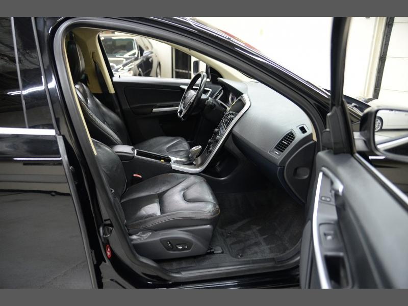 Volvo XC60 2013 price $13,995
