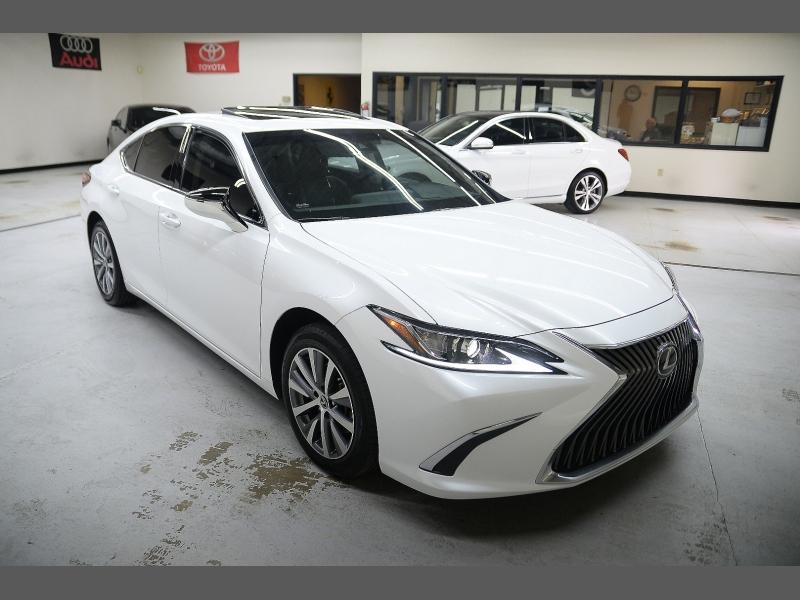 Lexus ES 2020 price $41,995