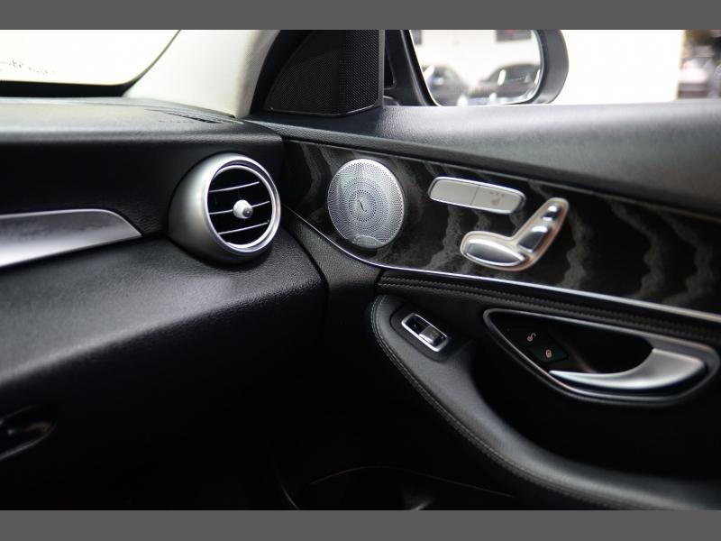 Mercedes-Benz C-Class 2016 price $20,995