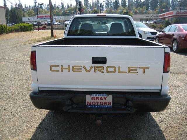 CHEVROLET S TRUCK 2001 price $7,995