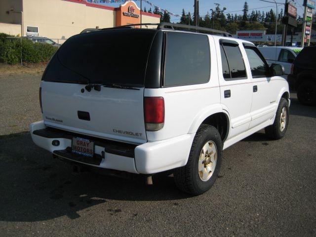 CHEVROLET BLAZER 2000 price $3,995