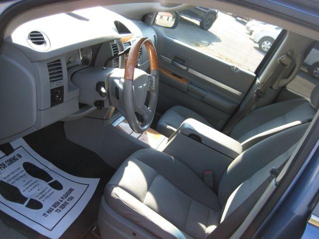 CHRYSLER ASPEN 2008 price $9,995