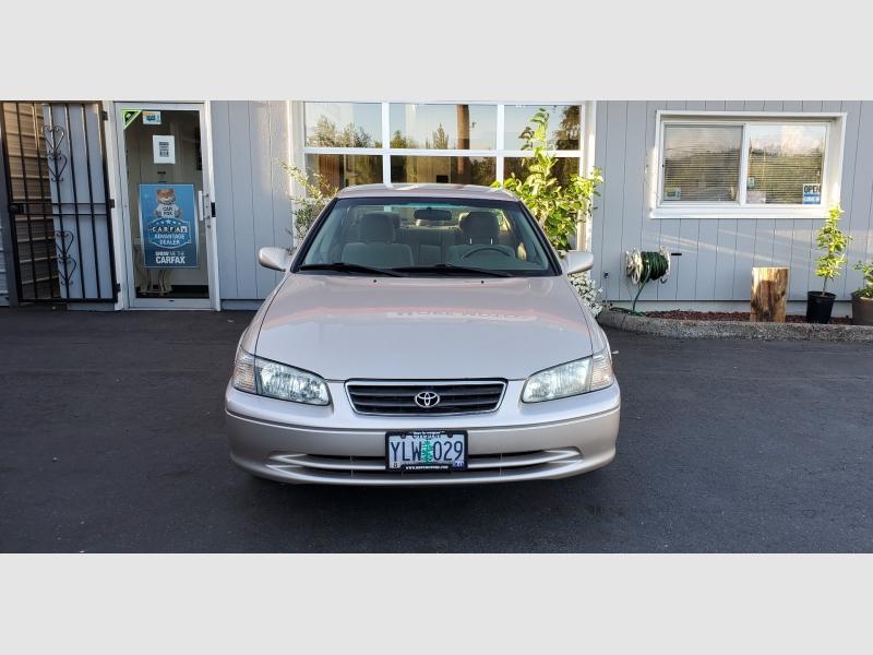 Toyota Camry 2001 price $4,597