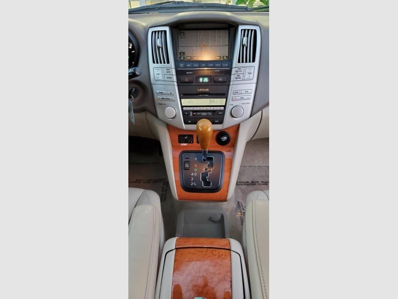 Lexus RX 330 2006 price $9,997