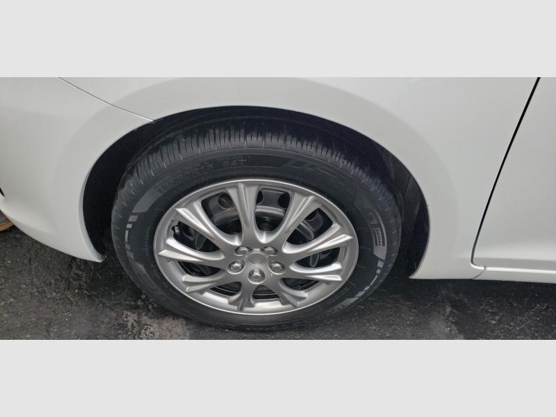 Toyota Yaris 2012 price $5,991