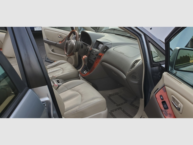 Lexus RX 300 2002 price $7,991