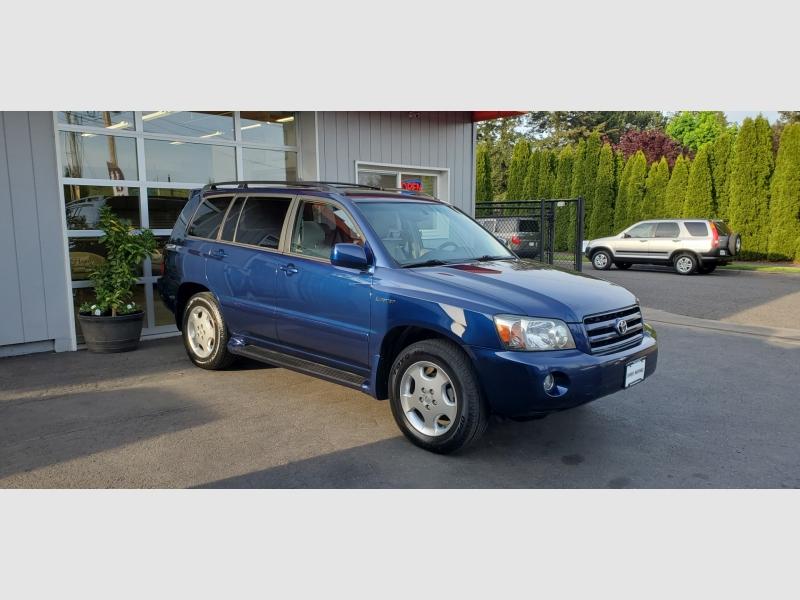 Toyota Highlander 2005 price $9,991