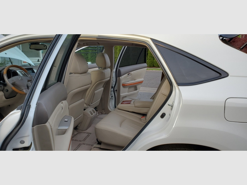 Lexus RX 330 2006 price $10,991