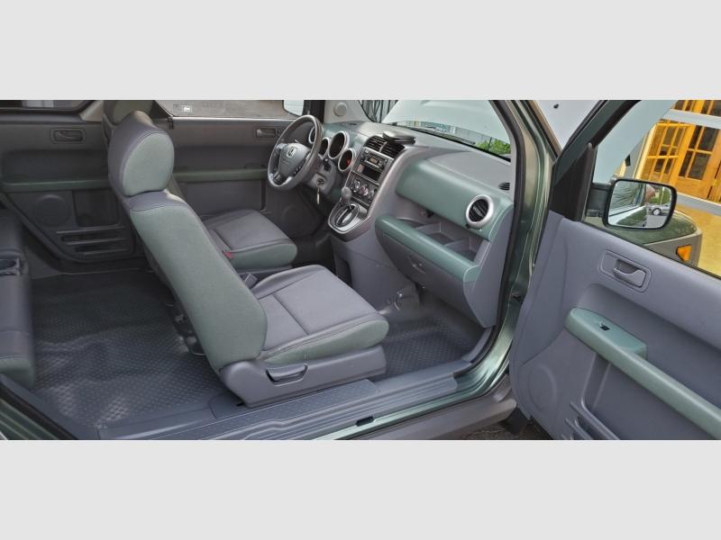 Honda Element 2005 price $11,991