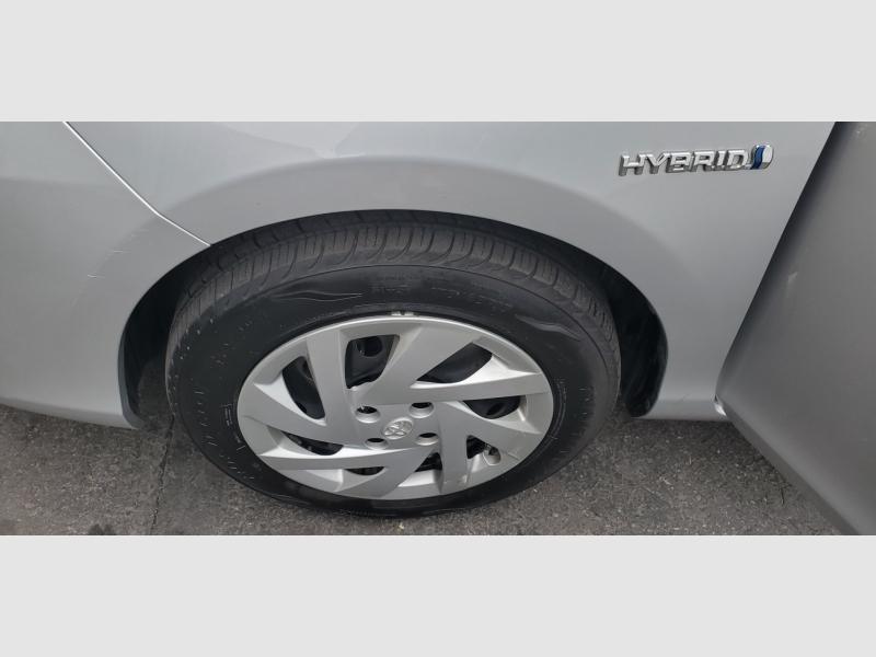 Toyota Prius c 2015 price $15,991