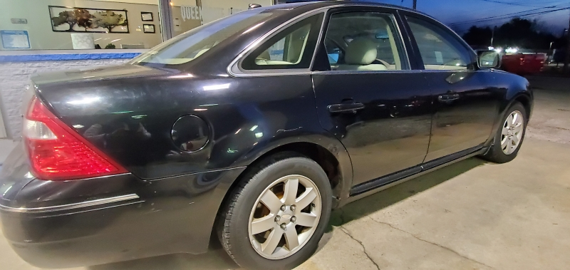 Ford Five Hundred 2007 price $2,995 Cash